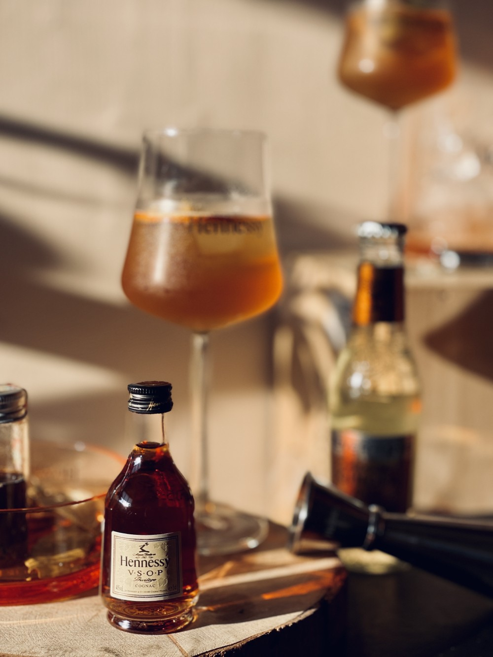 慕軒飯店七週年感謝祭 軒尼詩跨界聯名住房 獨享房內DIY調酒樂趣