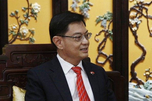 Singapore's designated future leader, Deputy Prime Minister Heng Swee Keat, has taken himself out of the running in a surprise decision, saying th...