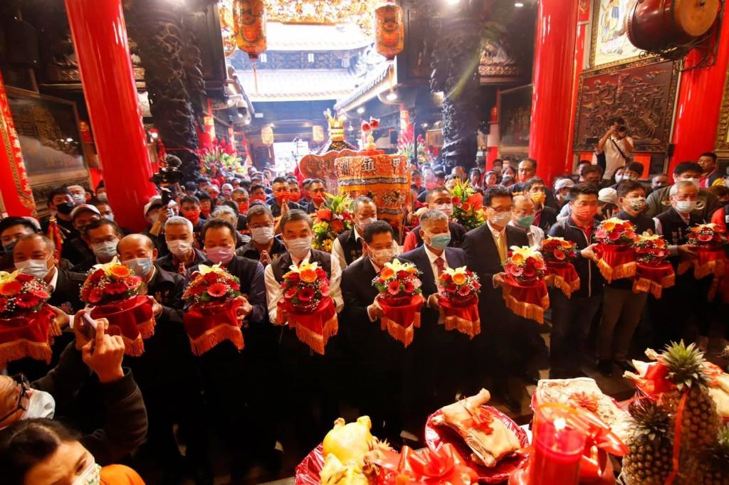 台灣年度宗教盛事大甲媽祖遶境將於4月9日深夜起駕,為期9天8夜的活動將進行11國語言精彩直播。(大甲鎮瀾宮Facebook)
