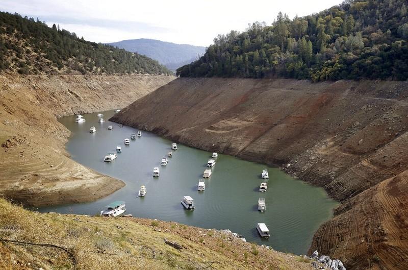 2014年加州大旱,奧羅維爾湖水位大降(圖/美聯社)