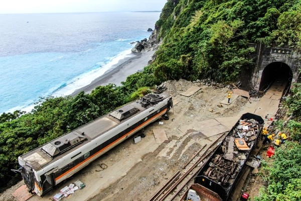 Train accident in Hualien killed 49 passengers and injured more than 200.