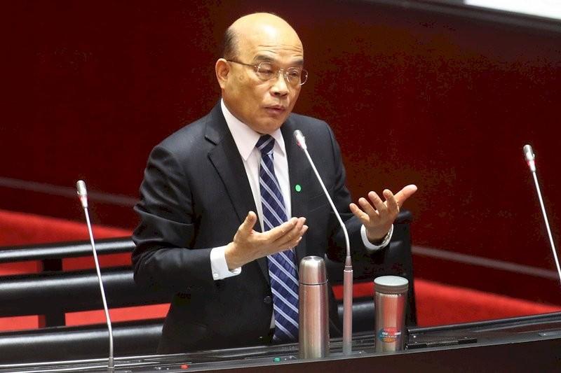 Premier Su Tseng-chang speaking atLegislative Yuan.