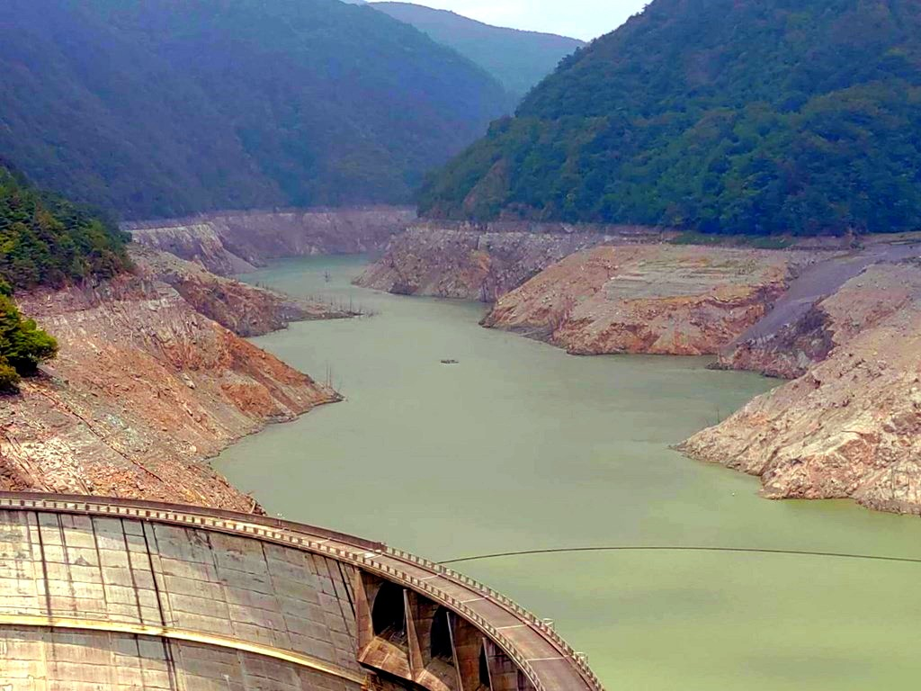 Techi Reservoir water level has dropped precipitously. (CNA photo)