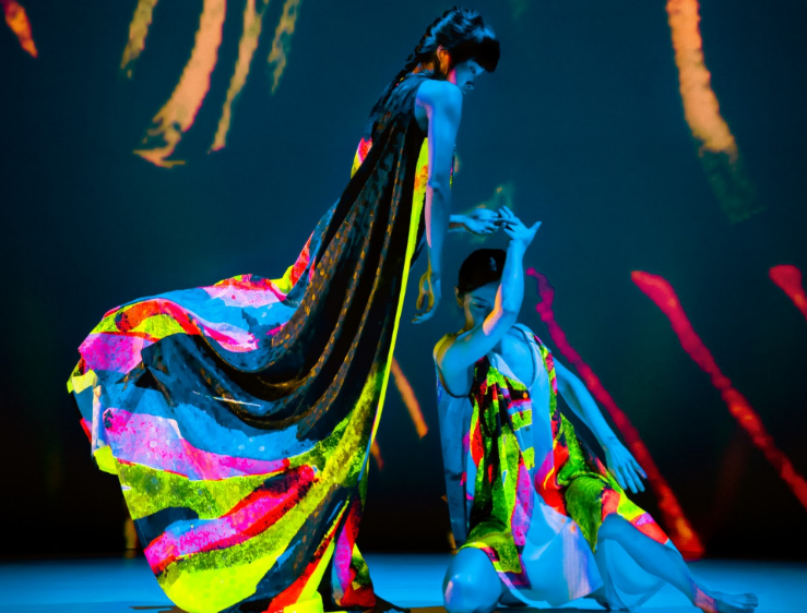 雲門舞集原訂2021年赴美巡演《十三聲》,受疫情影響而延後,透過製播《十三聲》創作溯源系列紀錄片,逐步向觀眾解析舞作的文化元素(攝影/李佳...