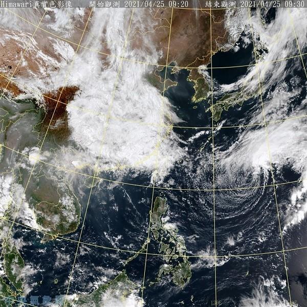 Chances of rain early this week across Taiwan