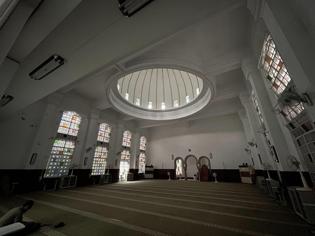 確診武漢肺炎國籍航空機師公共場所活動史23日公布, 曾赴台北清真寺。