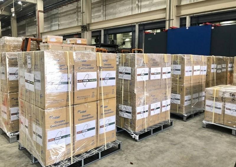 【Taiwan Can Help】台灣馳援印度 首批氧氣機、氧氣瓶5/2啟運