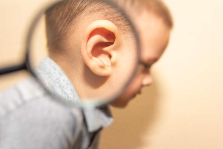 中耳炎是嬰幼兒、兒童很常見的一個疾病,幾乎所有的小孩都感染過至少一次。(示意圖/Getty Images)