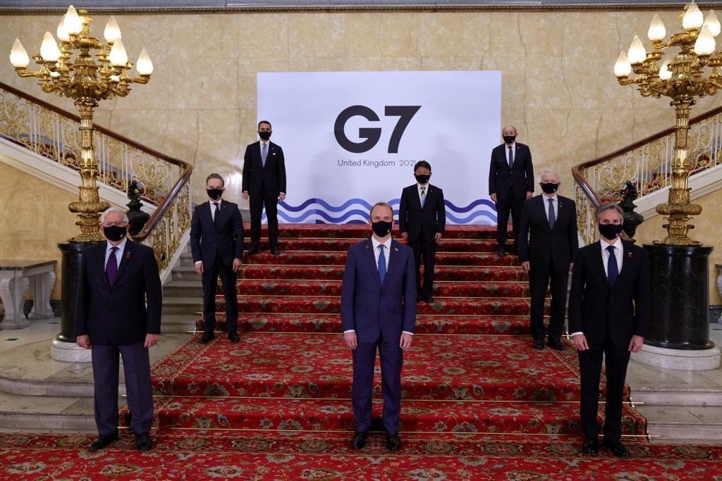 Foreign ministers from G7 countries stand for photo. (Twitter, G7 photo)