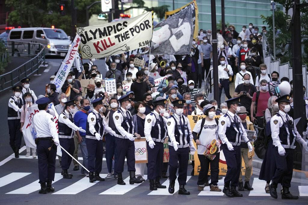 東京單日確診破千人 民調:6成日本民眾盼取消奧運