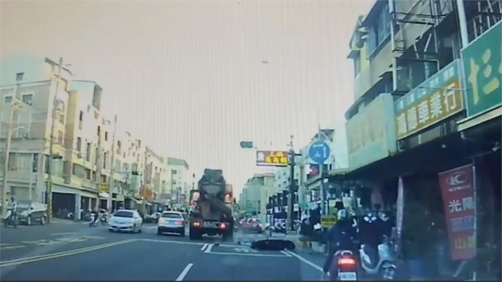 Salvadoran woman killed by cement mixer on Tainan street