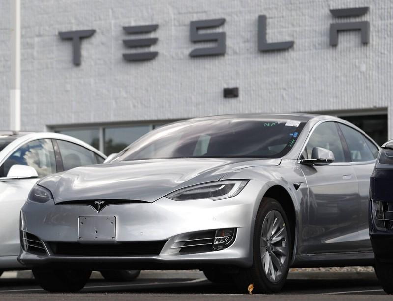 2018 Tesla Model 3s.