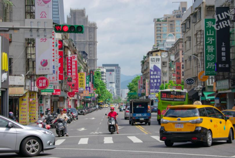 柯文哲:疫情未緩,台北24日將新增20家醫院提供快篩(示意圖/Pexles)