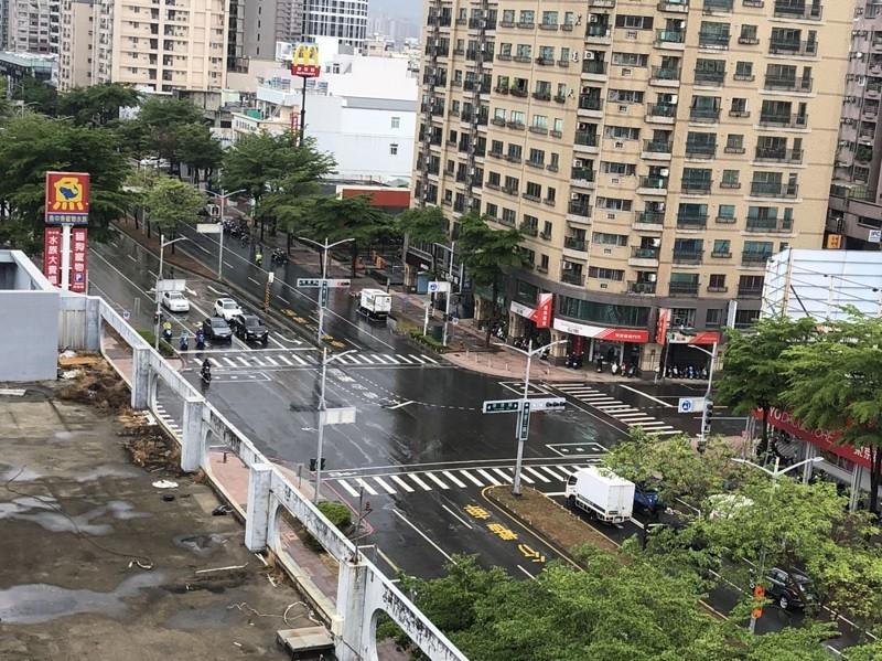 示意照為高雄市5/28降雨情形,與長照機構無關 (中央社)