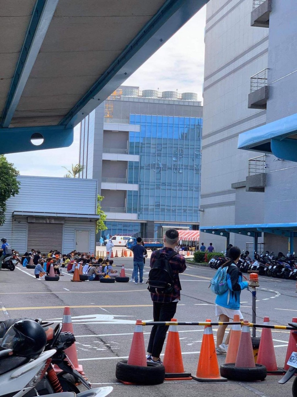 34 migrant workers infected with COVID at chip plant in Taiwan's Miaoli