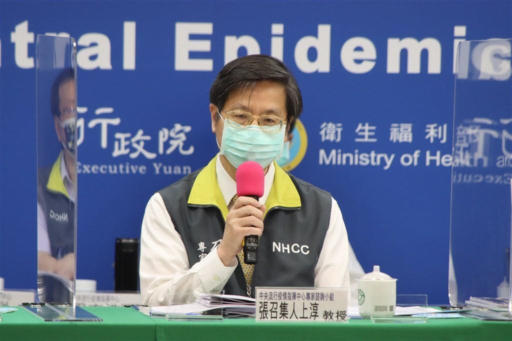 國內這波疫情死亡個案多達18%是在發病3天內病逝,指揮中心專家諮詢小組召集人張上淳7日表示,擔心是否病毒株有狀況。(圖/中央社)