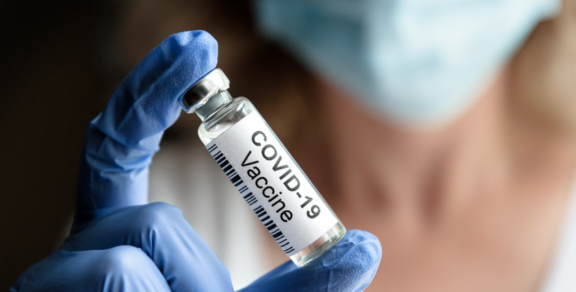 嬌生和輝瑞BNT疫苗通過我國緊急使用授權(EUA) 。(示意圖/Getty Images)