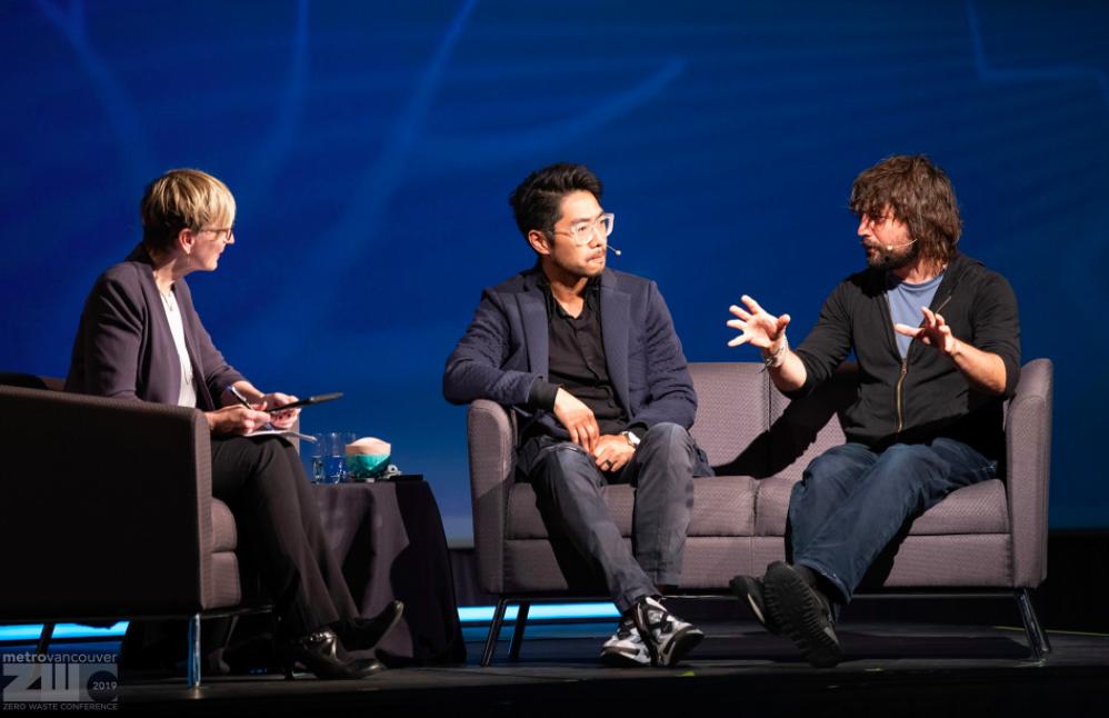 Miniwiz CEO and co-founder Arthur Huang (center) turns trash into treasure. (Facebook, Arthur Huang photo)