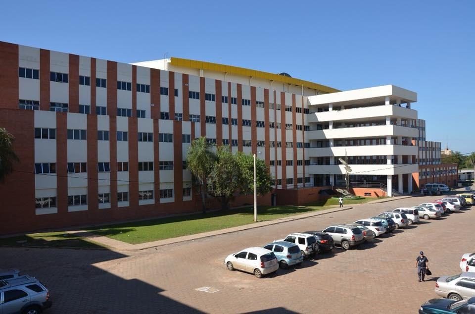 A hospital building at the UNA in Paraguay (Facebook, cienciasmedicasUNA photo)