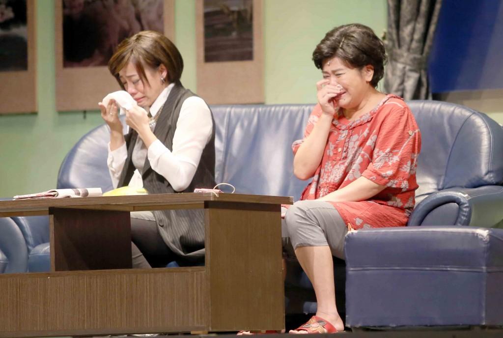 綠光劇團知名舞台劇《人間條件》系列慘遭盜錄,劇團提醒大家應尊重智慧財產權。(圖/綠光劇團)