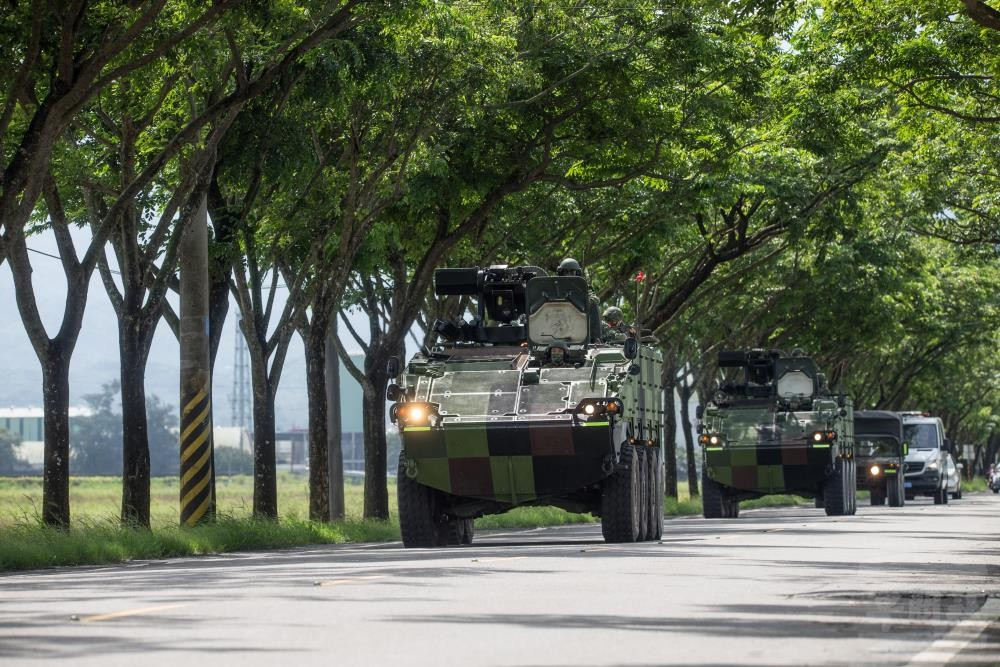 Clouded Leopard armored vehicles on the move. (Military News Agency photo)