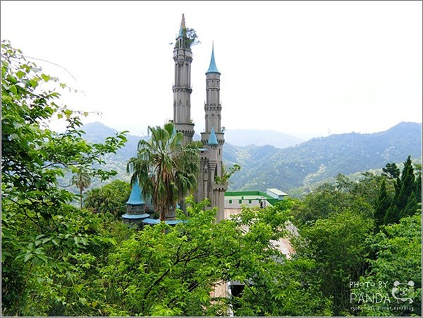 Abandoned Buddha's World theme park in Hsinchu County's Guanxi Township. (Flickr, Panda Wu photo)