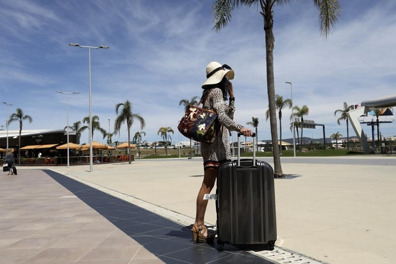 葡萄牙法魯機場旅客(圖/AP)