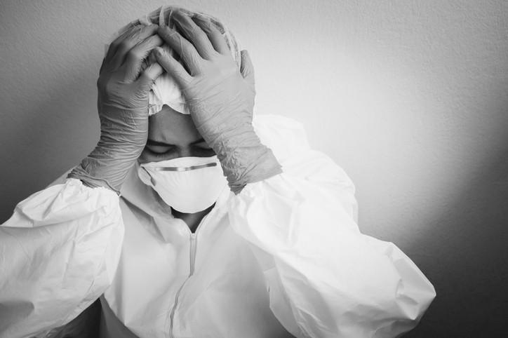 根據美國研究發現, 新冠病毒大流行之後可能會出現顯著的憂鬱、焦慮和創傷後壓力症狀。(示意圖/Getty Images)