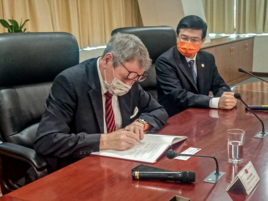 奠立雙邊堅實基礎 台灣與德國簽署航空服務協議