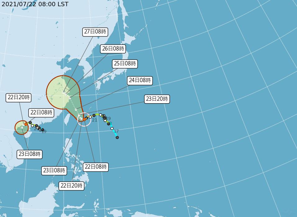 中度颱風「烟花」中心在台北東南東方海面,氣象局預估22日發布陸警的機會不高。 (圖取自中央氣象局網站)