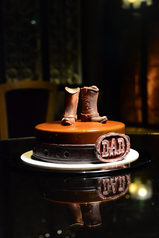 2021君品酒店父親節時尚造型蛋糕 「哲學家老爸」、「運動健將老爸」獻給鐵漢柔情的英雄爸爸