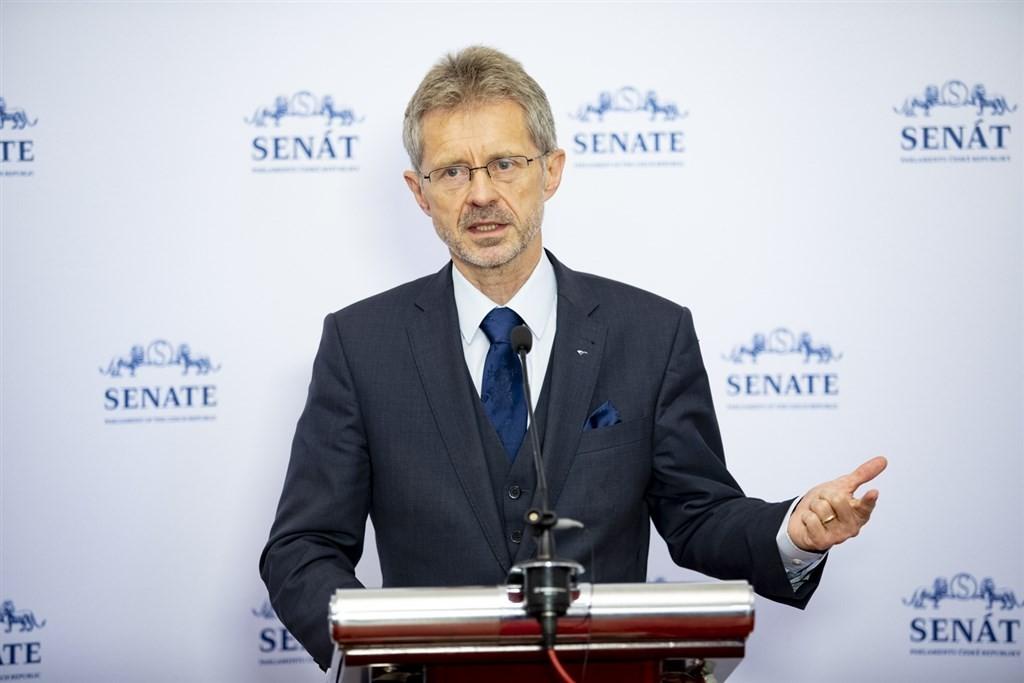捷克參議院議長韋德齊22日推文表示,該國正討論捐贈台灣疫苗一事。(圖/翻攝自推特)
