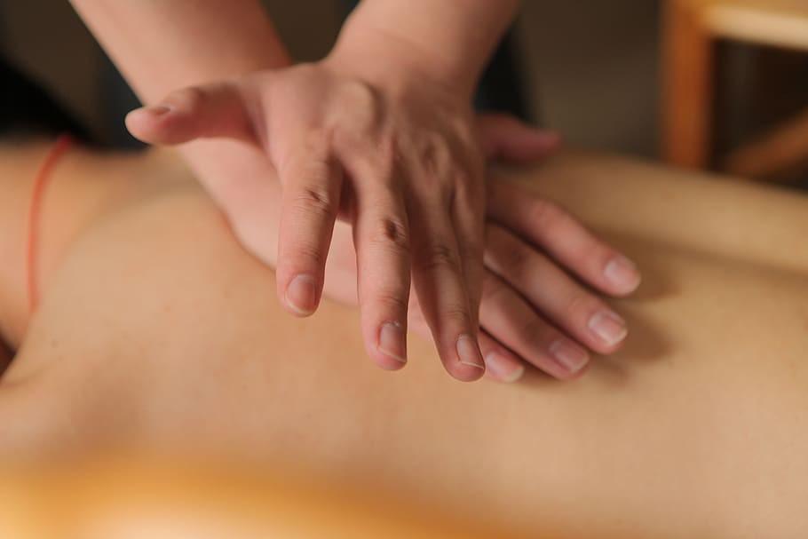 Traditional Chinese massage. (pxfuel photo)
