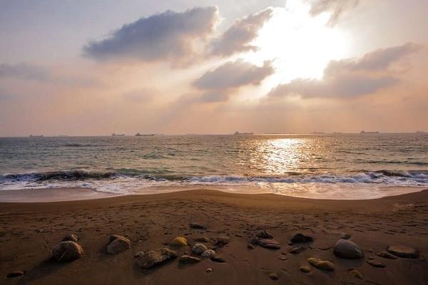 Cijin Beach in Kaohsiung (Kaohsiung Tourism Bureau photo)