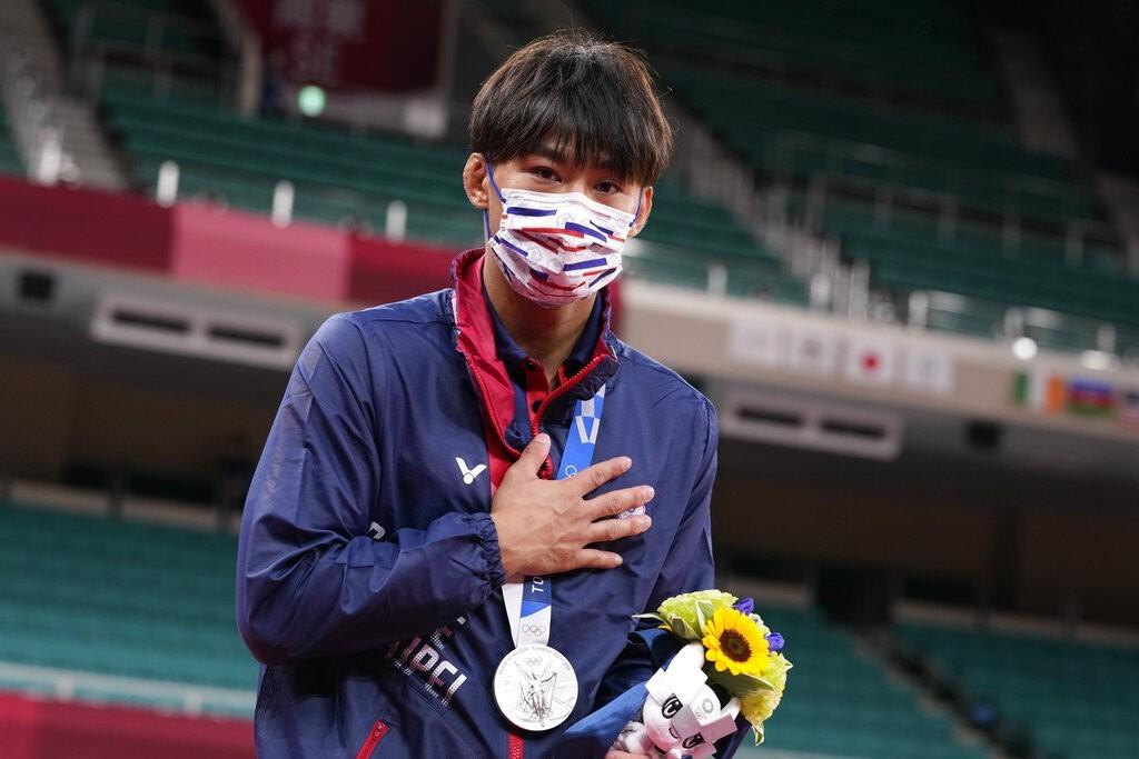 柔道選手楊勇緯這面銀牌, 也是台灣在東京奧運獲得的第一面獎牌! (美聯社)