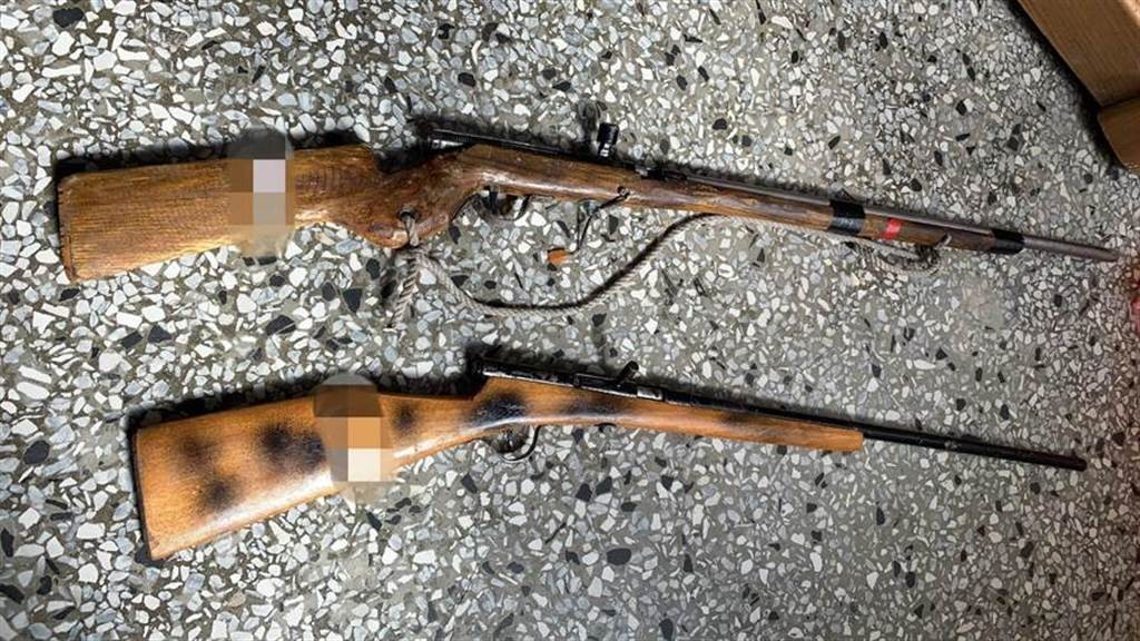 Stock photo of homemade hunting rifles seized from Bunun hunters in previous incident in May, 2020. (CIB photo)