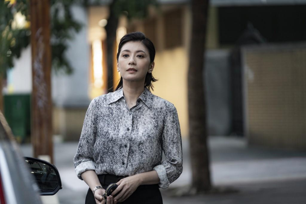 金馬名導鍾孟宏執導電影《瀑布》,由賈靜雯和王淨領銜演出,入圍威尼斯影展地平線單元。(劇照由本地風光提供)
