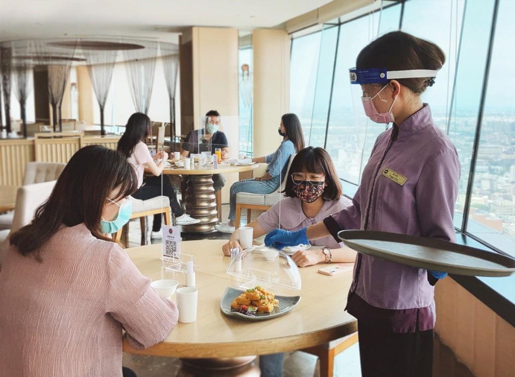 台南遠東香格里拉推降級計劃 住房最低32折、餐廳出示疫苗接種卡享75折