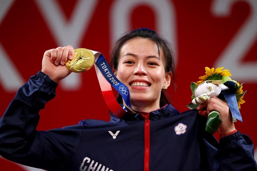 郭婞淳為台灣拿下本屆東京奧運第一面金牌。(路透)