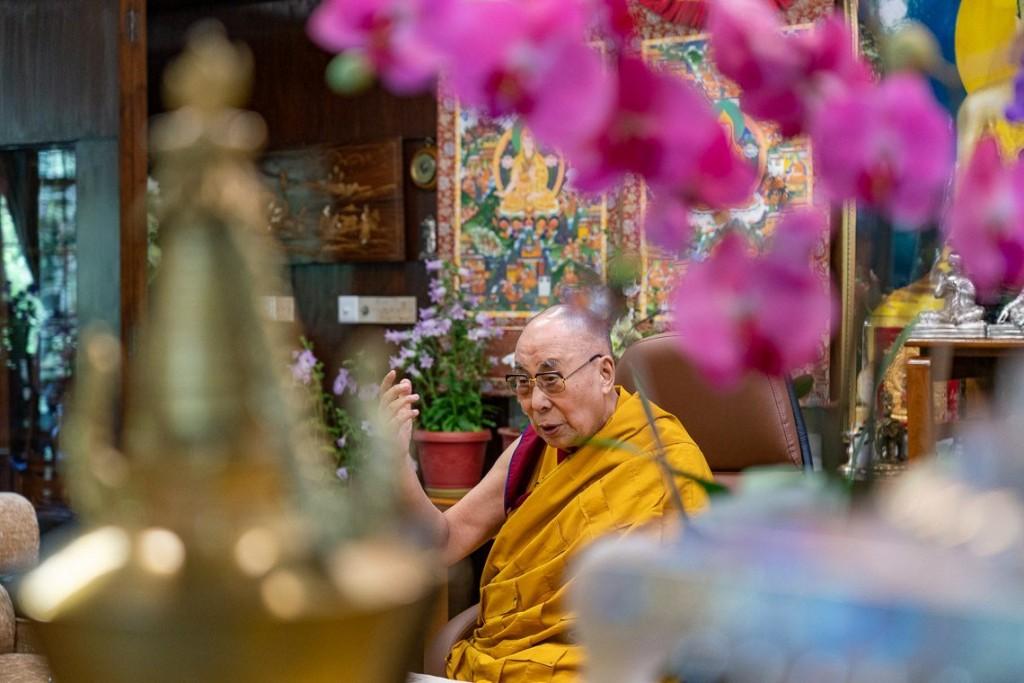 西藏精神領袖達賴喇嘛。(照片載自acebook.com/dalailamaworld)