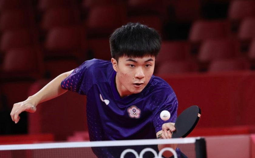林昀儒最終以3比4不敵奧恰洛夫,名列東奧桌球男單第4。(圖/中央社)