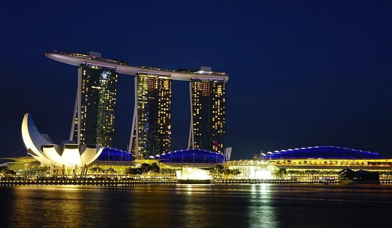 新加坡夜景(圖/Pixabay)