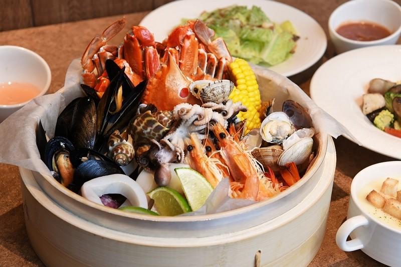 台北新板希爾頓酒店   海陸饗宴套餐吃到飽980元起