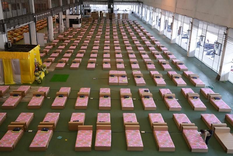 泰國在廊曼國際機場搭建1,800床的方艙醫院(圖/AP)