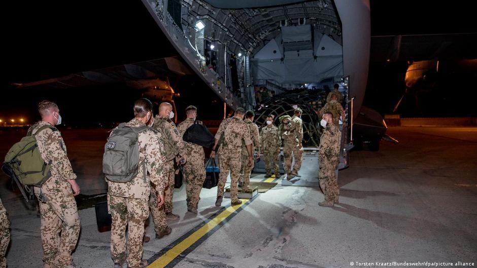 美國總統拜登執行撤軍阿富汗,被批為災難。