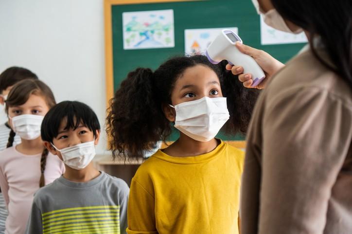 中小學即將於9月1日開學,教育部8/17公布九大防疫指引。(示意圖/Getty Images)