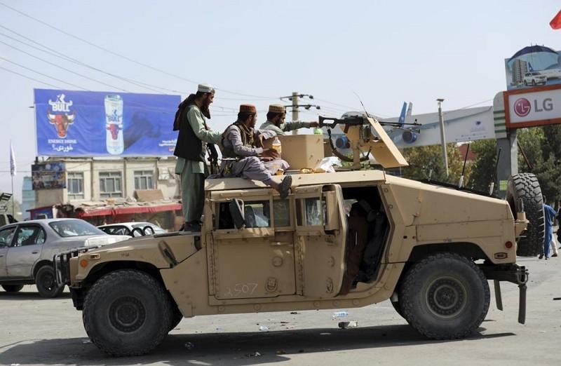 阿富汗塔利班武裝份子(圖/AP)