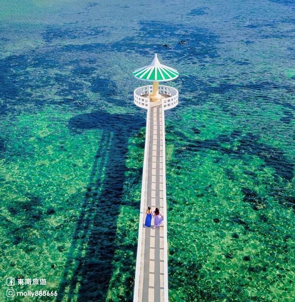 Four wonderful seawalls in Taiwan