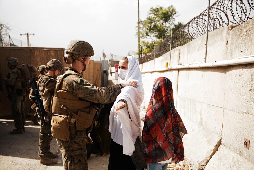 【阿富汗亂局】對外稱不會秋後算帳 塔利班逐戶揪出「通敵者」