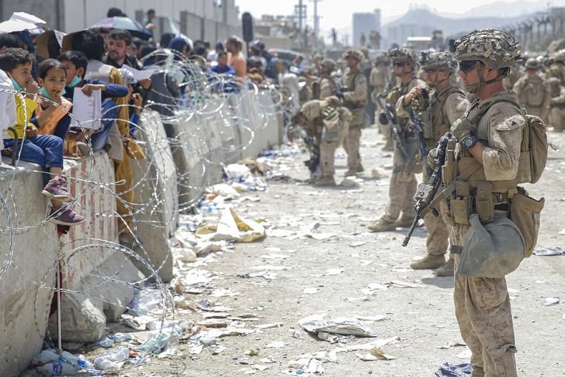 美軍協助喀布爾機場人員撤離行動(圖/AP)